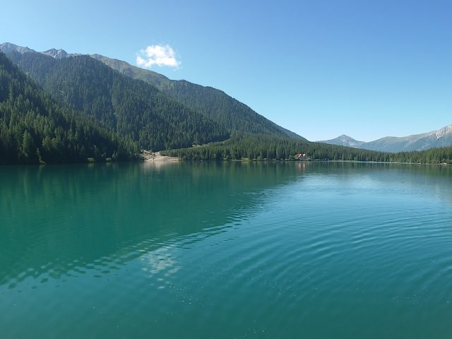 Lake Anterselva: a beautiful stretch of water at 1.642  meters above sea level.